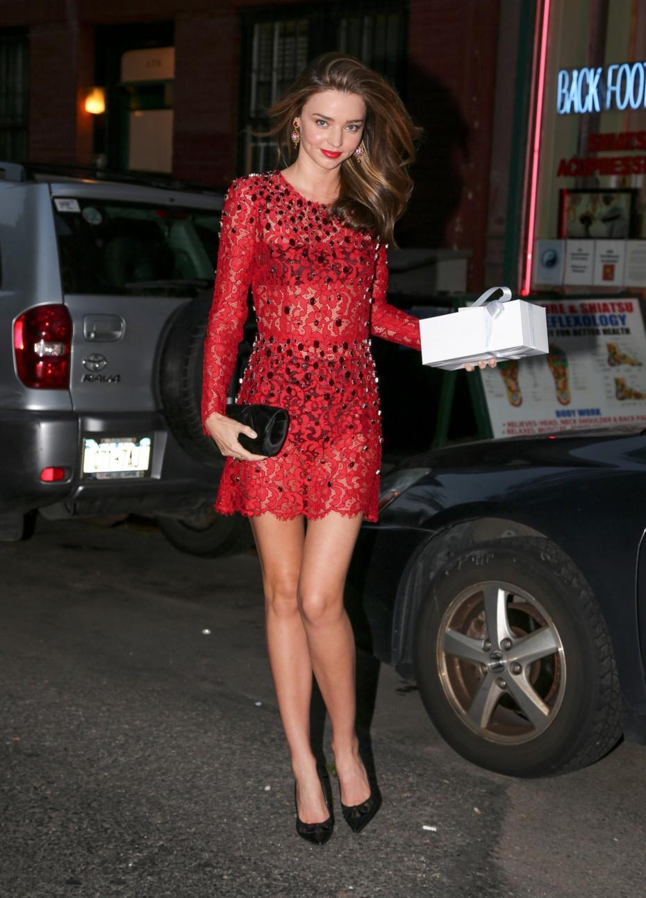miranda-kerr-con-un-red-look