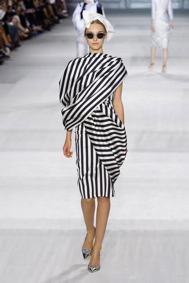 Giambattista-Valli-Haute-Couture-Fall-Winter-2014-2015-1