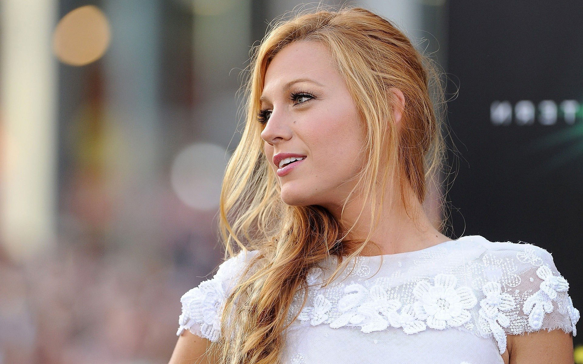 beautiful-actress-blake-lively-hd-wallpapers-free-download-amazing-wallpapers-of-blake-lively