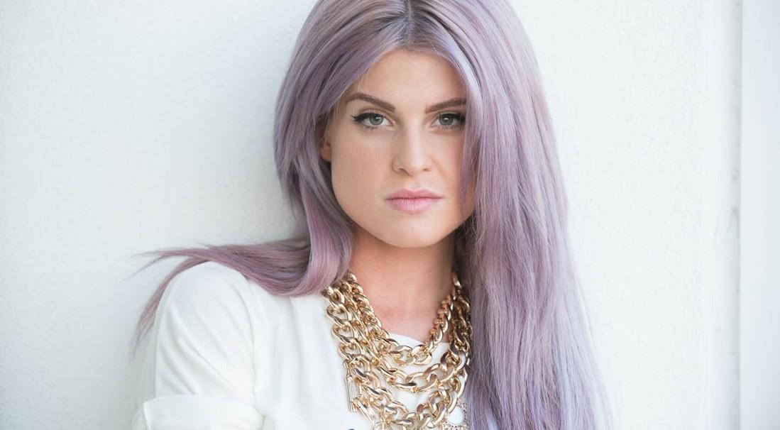 Kelly_Osbourne_lavander-hair-coveteur-blackblessed-blog-1 (1)