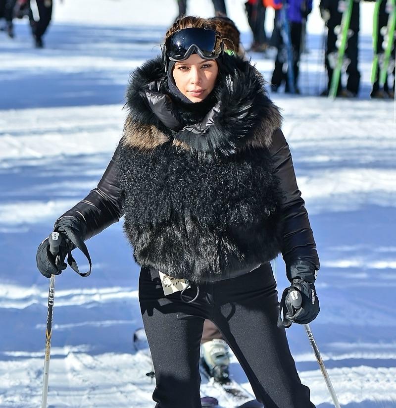 Kim-Kardashian-Skiing-Park-City-Utah