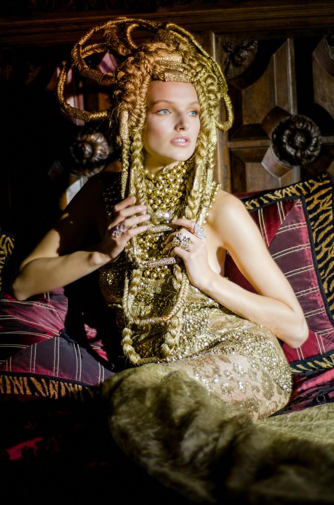 The Golden Queen-1