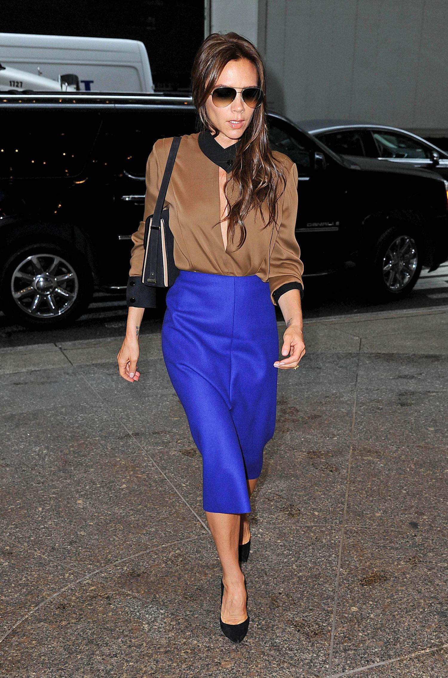 victoria-beckham-pencil-skirt-main
